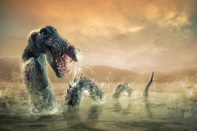 Serpente Marinha com Chifres mosntro do lago ness