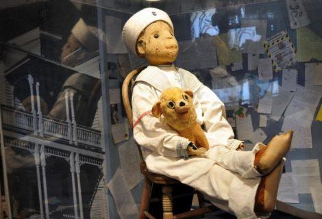 Robert o boneco possuído que há mais de 100 anos assombra os americanos