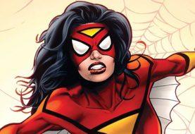 Imagem sensual de Spider-Woman dá o que falar e autor rebate críticas