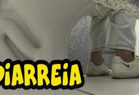 Pegadinha da diarréia no banheiro: vai dar merda!