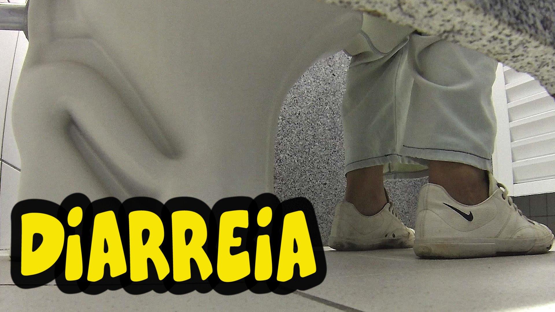 Pegadinha da diarréia no banheiro: vai dar merda! Ei Nerd #C7BA04 1920 1080