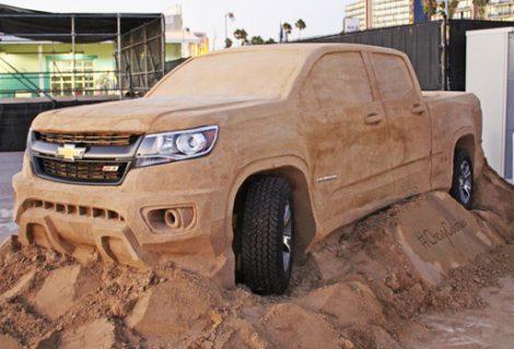 Construindo uma picape Colorado de areia