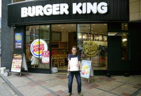 Homem pede 100 fatias de queijo extra no Burger King