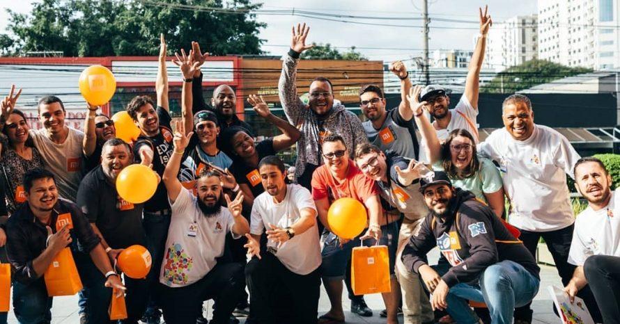 Xiaomi abre loja física em São Paulo e atrai milhares de fãs