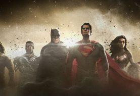 Ciborgue e Flash enviam recado direto do set do filme da Liga da Justiça