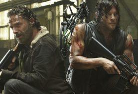 Ator homenageia Andrew Lincoln após Rick deixar The Walking Dead