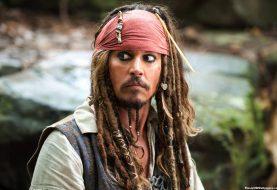 Johnny Depp fala de Animais Fantásticos e ri ao lembrar de Jack Sparrow