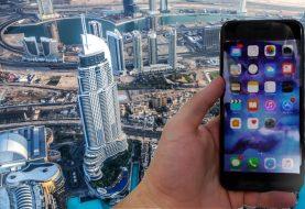 Homem joga iPhone 7 Plus do maior prédio do mundo e filma a queda