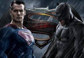 Zack Snyder quase fez Batman e Superman serem irmãos