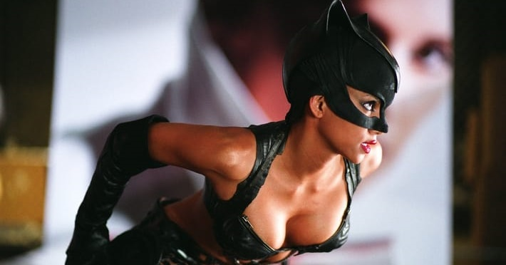 02-halle-berry-to-return-as-catwoman
