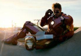 Robert Downey Jr. presenteia toda a equipe de Vingadores: Guerra Infinita