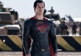 Vaza suposta imagem do Superman com uniforme preto em Liga da Justiça