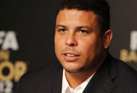 Ronaldo Fenômeno quer aprender a jogar League of Legends
