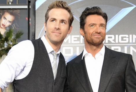 Ryan Reynolds faz brincadeira com foto de Hugh Jackman no Twitter