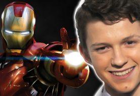 Tom Holland confirma teoria de fãs de Parker em Homem de Ferro 2
