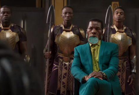 Quem é o cara de terno verde no trailer do Pantera Negra?