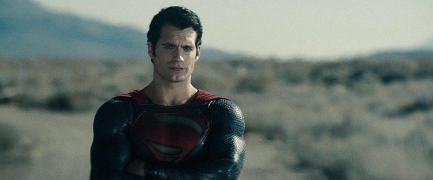 Site diz que Warner está produzindo filme do Superman sem Henry Cavill
