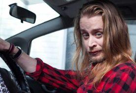Macaulay Culkin diz que seu pai era abusivo: 'homem mau'