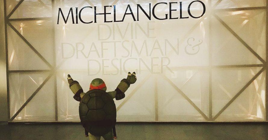 Museu leva uma das tartarugas ninjas para exposição de Michelangelo