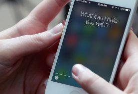 Siri, do iPhone, manda mensagem para crush de garota 'sem querer'