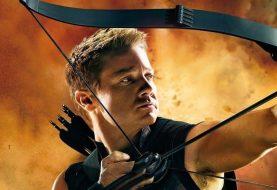 Jeremy Renner filmou cenas de Vingadores 4 com braços quebrados