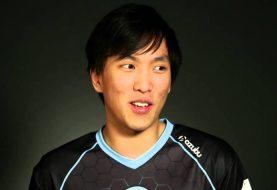 Irmão do jogador Doublelift de League Of Legends mata mãe a facadas