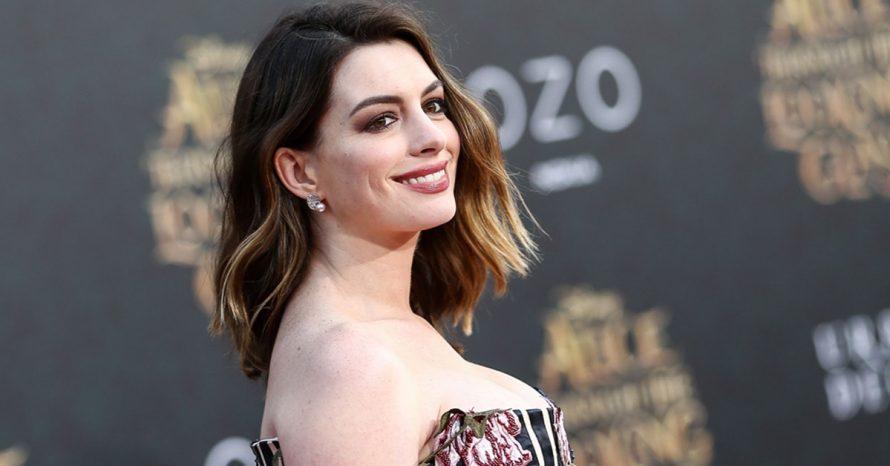 Anne Hathaway engorda para filme e conta que já foi humilhada por causa do corpo