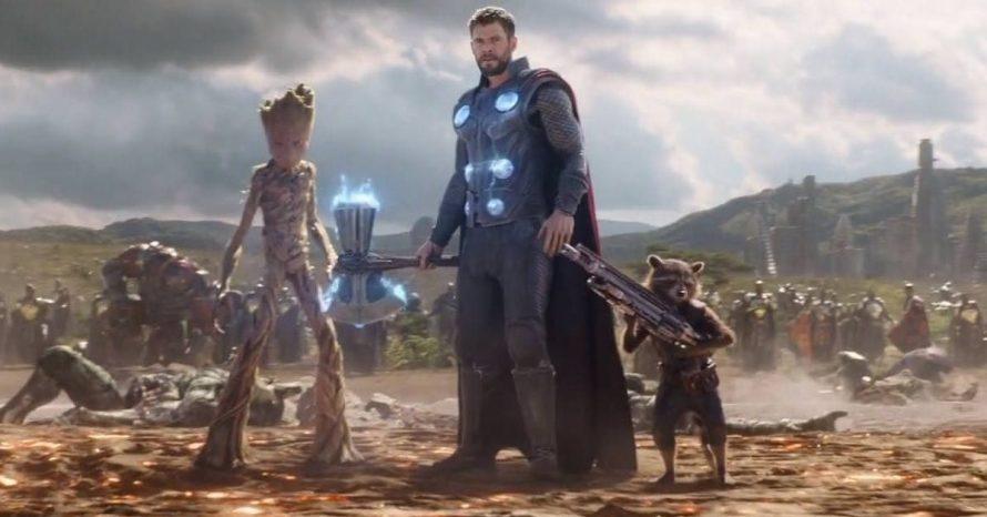 Por que Groot consegue levantar o machado de Thor, mas não o Mjolnir?
