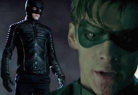 Ator de Gotham 'responde' a xingamento de Robin no trailer de Titãs