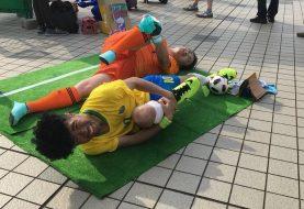 Neymar no chão vira cosplay na Comiket, um dos maiores eventos nerds do Japão