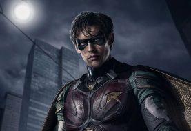 Ator de Robin explica desentendimento com o Batman na série Titãs