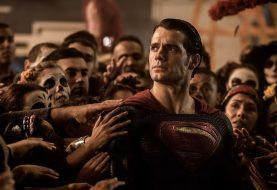 Warner se pronuncia sobre saída de Henry Cavill do papel de Superman