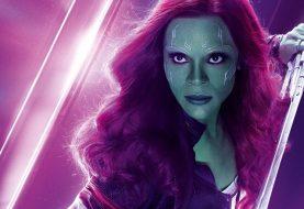Zoe Saldana indica o retorno de Gamora em Vingadores 4