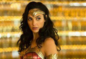 Gal Gadot, a Mulher-Maravilha, posta homenagem ao filme Capitã Marvel