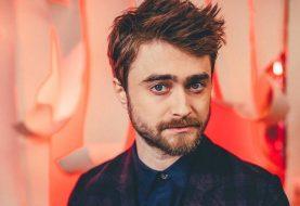 Daniel Radcliffe diz que seria estranho assistir à peça sobre Harry Potter