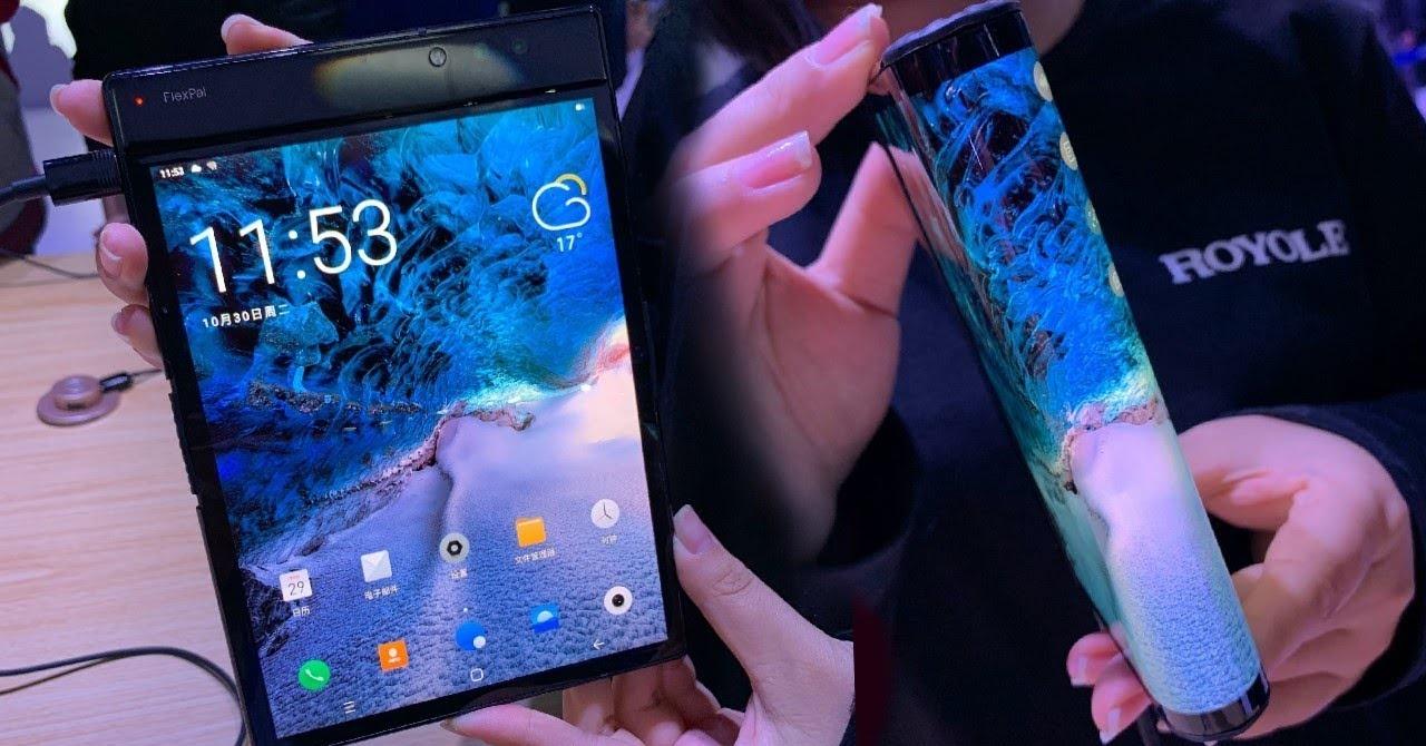 FlexPai, considerado primeiro smartphone dobrável do mundo  (Foto: Divulgação)