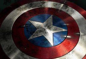 Ultimato: arte mostra Thanos estilhaçando escudo do Capitão América