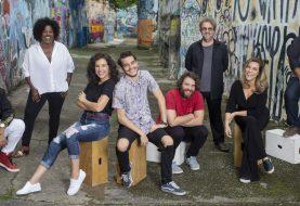 Netflix anuncia elenco de sua nova comédia brasileira Ninguém Tá Olhando