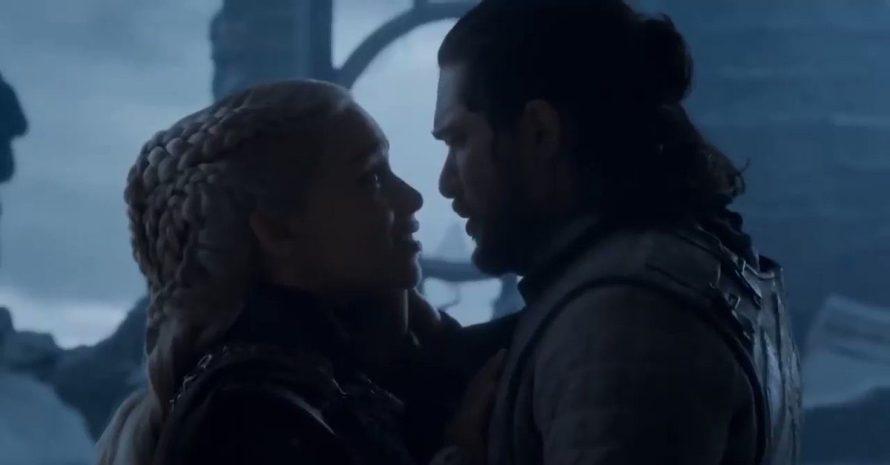 Game of Thrones: em avião com faixa gigante, fã pede que refaçam final