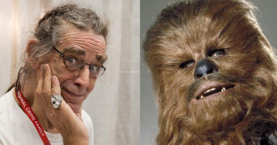 Peter Mayhew, ator do primeiro Chewbacca, morre aos 74 anos