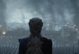 Daenerys reina sobre as cinzas em último teaser de Game of Thrones