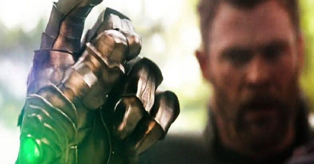 Universo Cinematográfico Marvel estalo Thanos