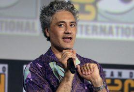 Taika Waititi, diretor de Thor 4, diz que heróis são a nova mitologia