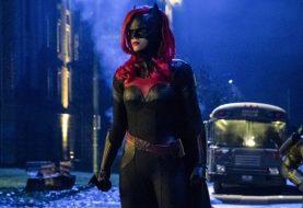 Canal CW divulga datas de retorno das séries do Arrowverso; confira