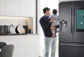 Samsung lança geladeira que permite conferir alimentos pelo celular