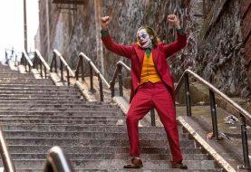 Coringa: diretor compartilha nova imagem da dança na escadaria; confira