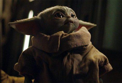 Ator quase danificou boneco em cena com Baby Yoda (e ele custa R$ 5 milhões!)