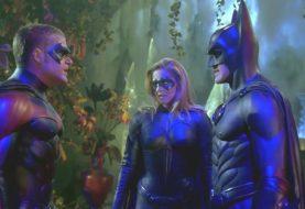 Roteirista de Batman & Robin pede desculpas por filme ruim