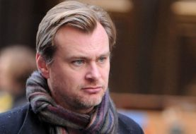 Christopher Nolan não permite cadeiras no set, diz Anne Hathaway