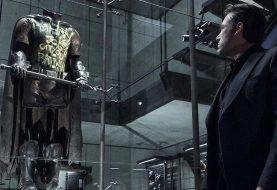 Zack Snyder confirma qual Robin está morto no Universo Estendido da DC